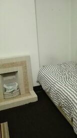 Students to share room for £60 per person/week near Barking station (all bills included & free wifi)