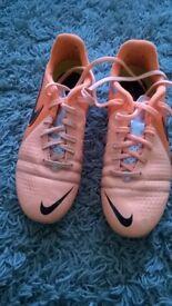 Junior Nike Football Boots - Size 5 - Orange