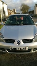 Great cheap little Renault Clio