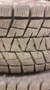 4 pneus d'hiver 245/75/16 Bridgestone Blizzak DM-V1