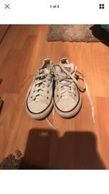 Unisex kids white converse size 13