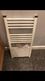 Towel radiator 410mm x 900mm