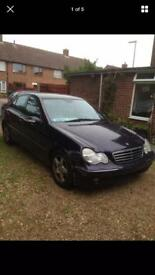 BREAKING FOR PARTS! MERCEDES C200 KOMPRESSOR