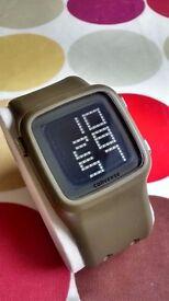 Converse VR002 scoreboard digital watch