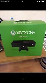 X box one + 2 controllers 500GB