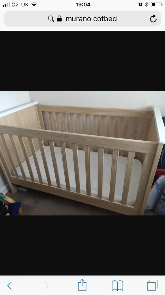 Murano mamas and papas cot bed