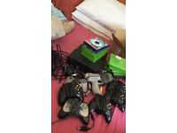 Gamers haul with classic Xbox.