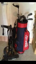 Golf club set with trolley