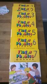 Jolly Phonics Finger Phonics Books 1-7 Great Cond