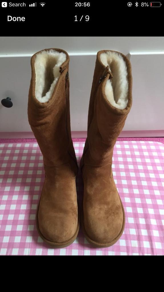 Brand New Unworn Genuine Ugg Boots Size Uk 4.5