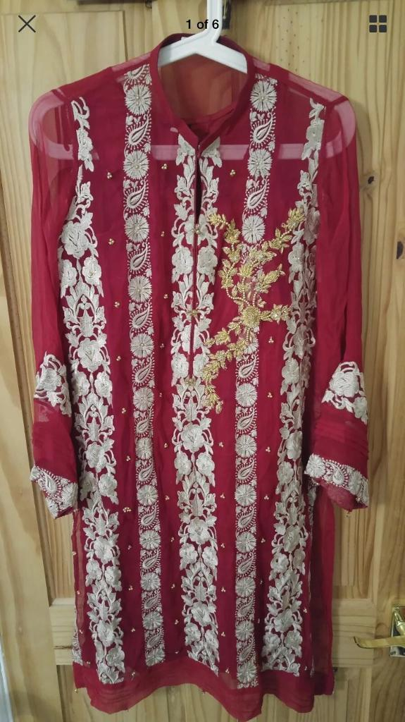 Agha noor suit