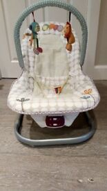 Mamma's & Pappas bouncer with music and vibration modes