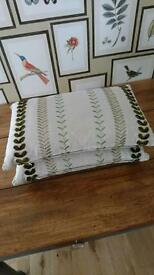 2 x Beautiful Embroidered Cushions