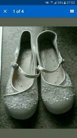 Bridesmaids or Part Shoes Size 2 New