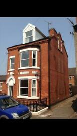 Very Large Room available in shared house