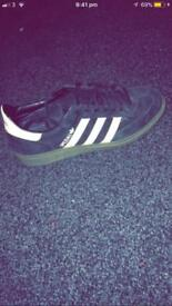 Adidas spezial Black suede trainers size 5