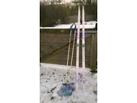 Ladies cross-country skis, poles and boots (size 40/7)