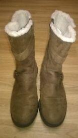 lovely womens warn fleece boots