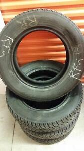 (164) Pneus d'Hiver - Winter Tires 225-65-17 Toyo 8/32