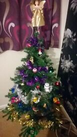 Christmas tree (green) 120cm, in box REDUCED BARGAIN