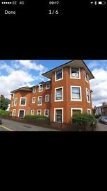One bed flat in Maidenhead, 10mins walk from Maidenhead Train Station. No agents fees.