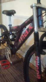 RALIEGH BADMAX MOUNTAIN STUNT BIKE