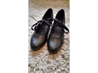 Brand New Black Lace Up Tap Shoes Size 7 Ladies