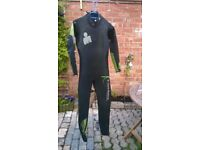 Aqua Sphere Rage swimming wetsuit - Youth size (14yrs), good condition