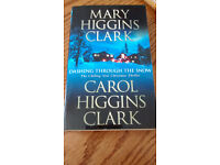 Dashing throught the snow by Mary Higgins Clark... A Chilling Thriller !!!!!!!