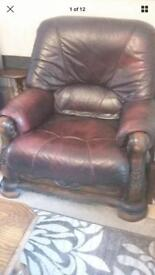 Pr of leather arm chairs can deliver