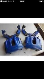 R32 mk4 breaking front brake calipers and hoses and carriers no discs or pads