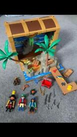PLAYMOBILE SET WITH CARRYCASE