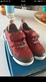 Boys Clark's shoes 11.5 G (New)