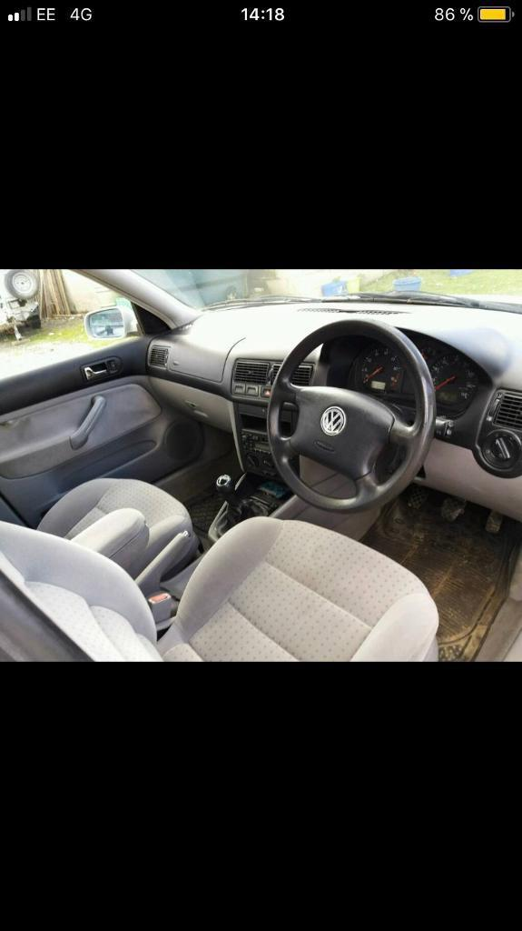 FOR sale wolkswagen golf 4 .4 Windows electric