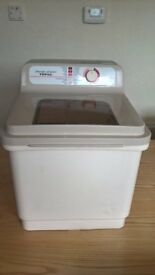 POTABLE ELECTRIC WASHING MACHINE