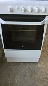spotless 4ring gas cooker and oven.