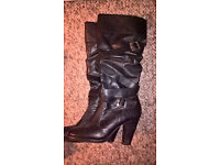 2 PAIRS OF BLACK LADIES BOOTS SIZE 7