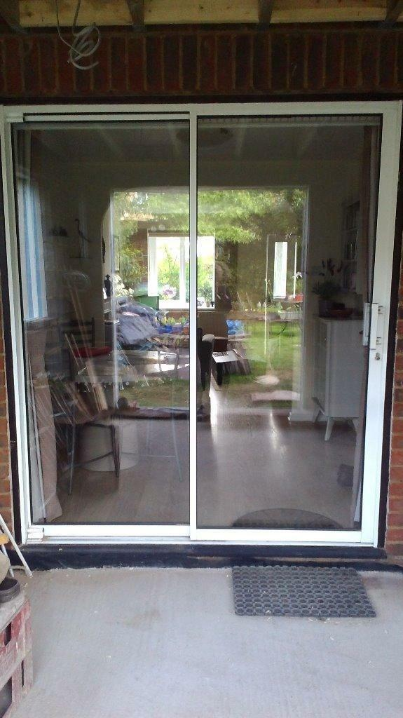 White aluminium sliding patio buy sale and trade ads for 1800 patio doors