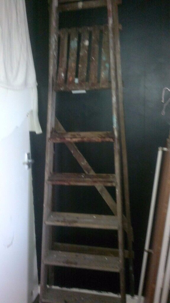 LARGE WOODEN STEP LADDERS / GARDEN / SHABBY CHIC / PROJECT
