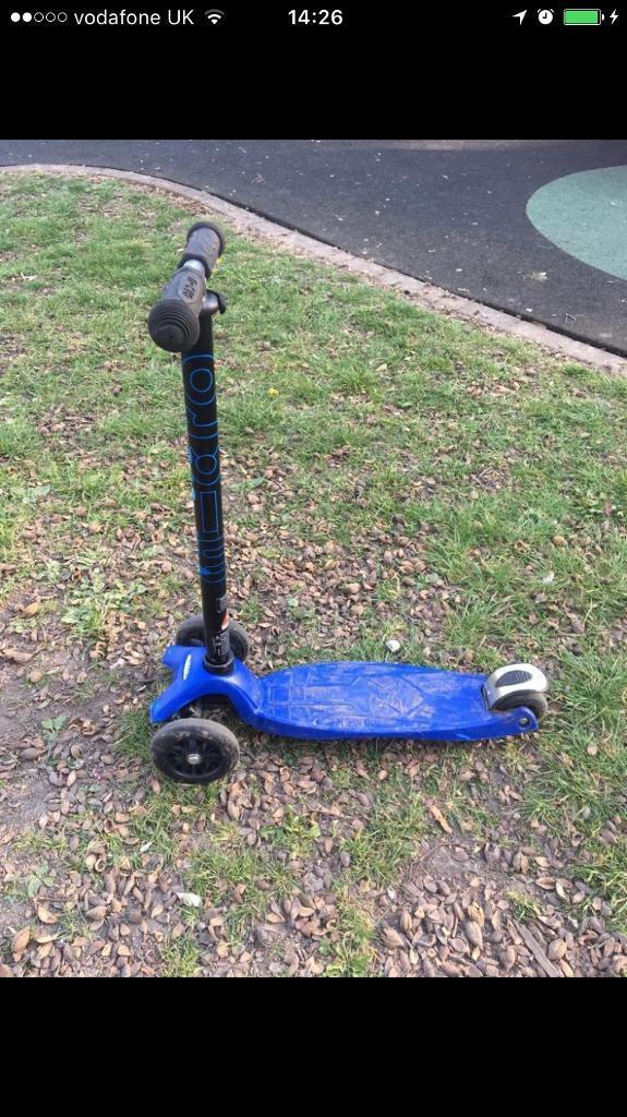 Micro scooterin Watford, HertfordshireGumtree - Micro scooter for sale. This is for a boy and in a very good condition. Wheels are not worn so much