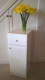 New never used bathroom cabinet unit WHITE