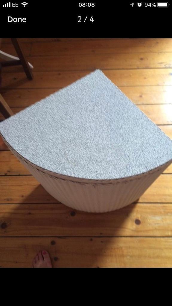 Lloyd loom wicker washer basket