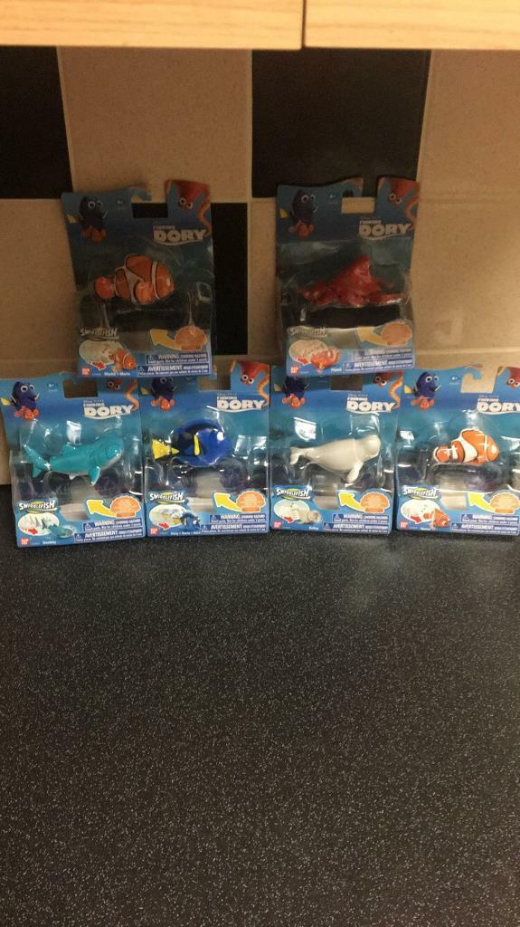 Full set of finding dory swigglefish!