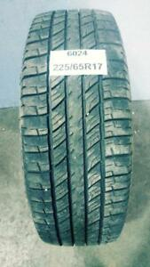 PNEU ÉTÉ USAGÉ / USED SUMMER TIRE 225/65R17 22565R17 UNIROYAL LAREDO 4 SAISONS (1 DE DISPONIBLE)