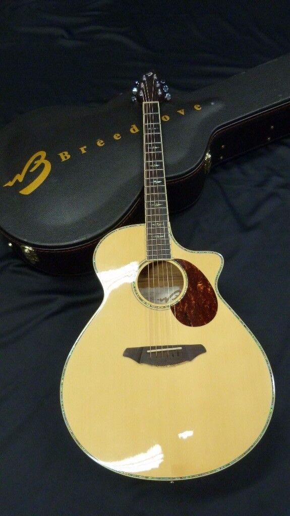 Breedlove Atlas Series Stage J350/EFe Jumbo Acoustic-Electric Guitar inc Breedlove Case