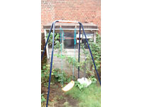 shed in good condition - 1680mmx1770mm ext