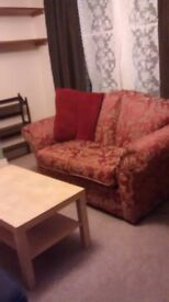 sofa - red compact, traditional beautiful sofa, good condition