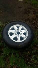Tyre 225/70/16