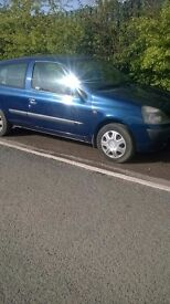 Reliable Renault clio 10 Month M.O.T 475 ono