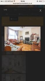 3-4 bed terraced house in Lewisham DLR excellent for Sharers, perfect location
